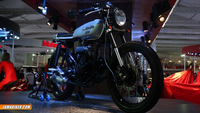 JCMoto Scrambler and Cafe Racer at Mahindra stall Auto Expo 2014