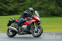 2016 BMW S1000XR – FIRST RIDE Four-cylinder, upright, asphalt adventurer.